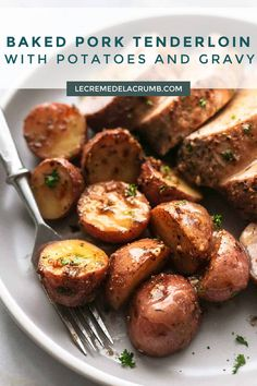 Got one hour and one pan? Good, because this baked pork tenderloin with potatoes and gravy could easily be your next delicious dinner! All you need is a skillet, a few pantry ingredients, and 60 minutes to serve up this buttery, garlicky, tender pork and potatoes meal! | lecremedelacrumb.com #maindish #easydinner #potluck #delicious #pork #potatoes