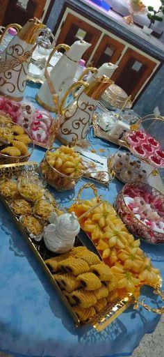 Eid Food, Yams, Party Snacks, Food Hacks, Ramadan, Flower Art, Buffet, Presentation, Decoration