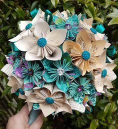 Paper Bouquet Diy, Hanukkah, Paper Flowers, Craft Ideas, Wreaths, Crafts, Etsy, Decor, Origami Bouquet