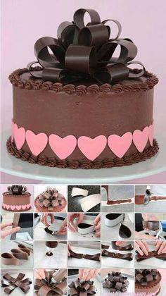 Chocolate cake with amazing chocolate bow Cake Decorating Techniques, Cake Decorating Tutorials, Cookie Decorating, Cake Icing, Fondant Cakes, Cupcake Cakes, Frosting, Cake Cookies, Chocolate Work