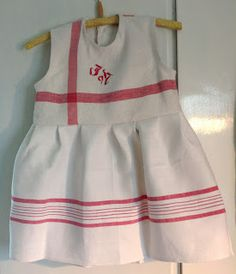 agatas fynd och fantasier. I made a dress of two old kitchen towels. #diy #sewing #girl