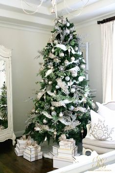white-christmas-tree-master-bedroom