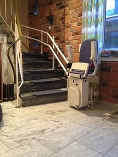 Treppenlift gewundene Treppe Stair Lift