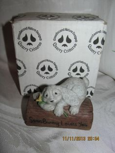New in box QUARRY CRITTERS somebunny loves you FIGURINE #44110 SO CUTE!!