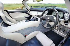Para você que é amante de carros ou você que tem curiosidade de saber como são os carros luxuosos por dentro, confira como são osinteriores de vários carros de luxo de grandes marcas. Aston Martin Rapide  Ford Mustang Giugiaro Concept  Styling-Garage Mercedes-Benz S-Class W126  Lotus Elise  …