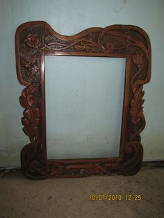 https://flic.kr/p/8rDYZe   Art Nouveau Picture Frame   Spotted at an antique shop in Bulacan.
