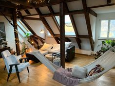 Heimelige 2.5 Zimmer Galeriewohnung in Bern zu vermieten.