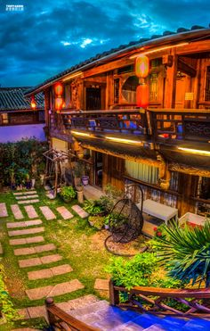Lijiang Yunnan China | Beautiful Hotel | China | Yunnan Province | ancient old town of Lijiang | dayan | shuhe | baixa | one of the most colorful and multifarious countries on this planet | find more photographs and films on http://tripfabrik.de  #china #asia #travel #photography #landscapes #nature #impressions #adventure #dayan #shuhe #baixa #lijiang #dali360 #ancient #oldtown #unesco #worldheritage #heritage
