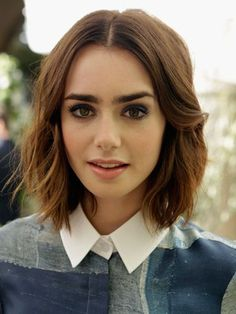 Lily's latest look is inevitably stunning. She pulls of this choppy bob with ease, and makes us want to immediately reach for the scissors in the process. COSMO'S HAIRSTYLE OF THE DAY COOL CELEBRITY FRINGES