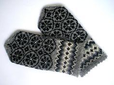Hand knitted wool mittens.Warm mittens.Winter by mittenssocksshop