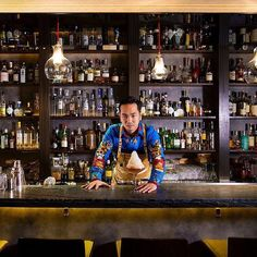 One of worlds top 50 bars @quinaryhk is one of the few places in Hong Kong that does molecule cocktails. The name Quinary means five - the five senses that we use. Go grab a drink this weekend!