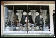 wedding display windows | Posted in Color , Pattern , Weddings , Window Displays