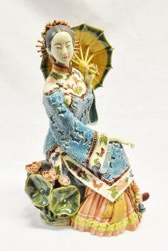 Ceramic Chinese Lady Figurine Statue <3