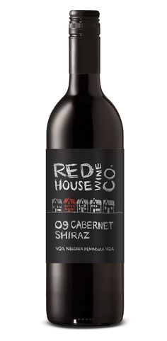 Red House Cabernet PD - one of my favourite wine label designs Wine Bottle Design, Wine Label Design, Wine Bottle Art, Wine Bottle Labels, Beverage Packaging, Bottle Packaging, Impression Etiquette, Wine Collection, Wine And Spirits