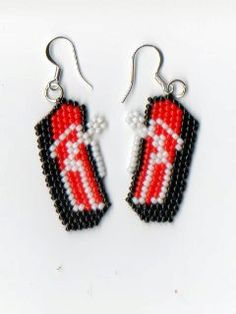 Just in time for Halloween, beaded Skeletons in a Coffin. These earrings are made using size 11 glass seed beads in black, red, white and come with