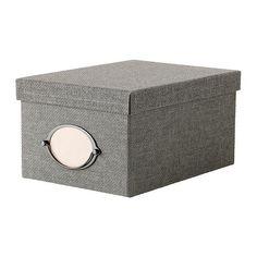 KVARNVIK Æske med låg IKEA Velegnet til opbevaring af dvd'er, spil, opladere til fjernbetjeninger eller skrivebordstilbehør.