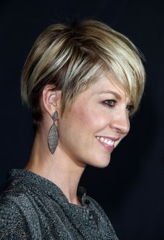 jenna  elfman possible haircut