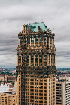 Book Tower in Detroit (1916-1926) / by Louis Kamper (photo by Hayden Stinebaugh)