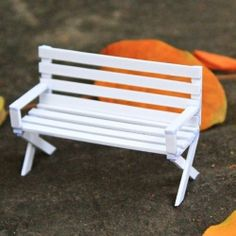 Just a simple tutorial of how to make a tiny chair. Hope everyone will enjoy it! (in Vietnamese)