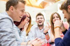 Mitä jos olisit aidosti kiinnostunut ja innostunut työkavereistasi? Mitä jos arvostaisimme toisiamme ja arjen kohtaamisia?
