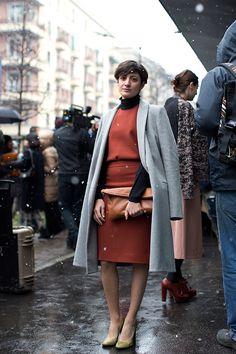 Gianna Greco from the Sartorialist The Sartorialist, Milan Fashion Weeks, New York Fashion, Paris Fashion, Winter Fashion, Street Fashion, Women's Fashion, Sarah Harris, Best Fashion Apps
