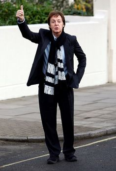 Paul - 2014 After illness in Japan My Love Paul Mccartney, Sir Paul, The Beatles, Normcore, Japan, Style, Life, Fashion, Swag