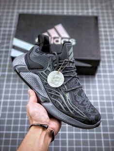 Alphabounce boost M Air Max Sneakers, Shoes Sneakers, Mens Boots Fashion, Vans Sk8, Loafers Men, Casual Shoes, Nike Air Max, Running Shoes, Trainers