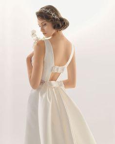 6d01d4f055e44168278327a7d058b145--rosa-clara-bridal-sophisticated-bride.jpg (660×825)