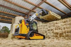 The JCB Teleskid is the only skid steer or compact track loader with a telescopic boom, allowing it to reach 60 percent further and lift 8 percent higher than any skid steer on the market, and—in an industry first—it can dig to a depth of 3 feet. Heavy Equipment, Outdoor Power Equipment, Farm Toys, Engin, Farm Life, Belle Photo, Cars And Motorcycles, Offroad, Trucks