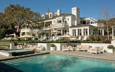 Rob Lowe's Georgian-Style Home in California Rob Lowe's Georgian-Style Home in California,dream villa Balcony like ours (roof line) and maybe add dog houses….Rob Lowe's House in California – Architectural Digest Related posts:Black Girl Tries. Architectural Digest, Rob Lowe, Celebrity Mansions, Celebrity Houses, Celebrity Style, Gorgeous Movie, Hello Beautiful, Absolutely Gorgeous, Georgian Style Homes