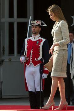 Queen Letizia of Spain Photos - King Felipe VI Receives Armed Forces - Zimbio