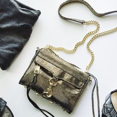 Micro Mac Bag Gorgeous color! Great to use for weekend and going out! Comes with Dust Bag. No Trades. 📌This is the micro, not the mini bag. Rebecca Minkoff Bags Crossbody Bags