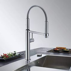 The tap of the week: The new Franke, Pescara sink mixer.  This chrome plated sink mixer rotates a full 360°. Dual spray - Normal or needle spray. 10-year guarantee on body construction and 2-year guarantee on the ceramic cartridge.  The Pescara will turn the heads of everyone who wanders into your kitchen, and it will easily become the room's centrepiece.  Great looks and great features. This tap is winning hearts here at Luxury Taps!