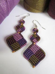 Macrame aros púrpura Color hecho a mano por PapachoCreations