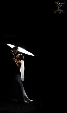 This prewedding photography keeps you looking at it. I love art that keeps your attention and draws your imagine.