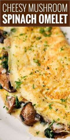 Cheesy Mushroom and Spinach Omelet | This easy browned omelet is filled with sautéed mushrooms, onions, wilted spinach, and plenty of gooey Gruyere cheese! | https://thechunkychef.com | #omelet #breakfast #brunch #omelette #eggrecipe #breakfastrecipe
