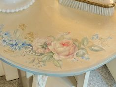 1930's dressing table handpainted roses, floral sprays, seat
