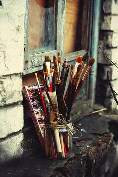 art, old brush Creative Photography, Art Photography, Dreamy Photography, Art Hoe Aesthetic, Aesthetic Drawing, Art Watercolor, Atelier D Art, My Art Studio, Art Studios