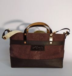 For the Scribe's bag models, we use high quality cotton canvas highlighting its natural color and texture Scribe, Hermes Kelly, Cotton Canvas, Tote Bag, Handbags, Chocolate, American, Street, Leather