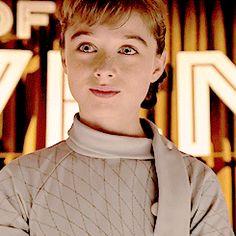Raffey Cassidy - Tomorrowland (2015) (245×245)