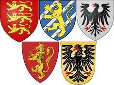 Risultati immagini per scudi medievali