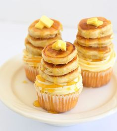 Pancakes and cupcakes - together at last! (Maple pecan cupcakes with tiny buttermilk pancakes from The Moonblush Baker) Maple Cupcakes, Pancake Cupcakes, Yummy Cupcakes, Cupcake Cakes, Mini Pancakes, Breakfast Cupcakes, Pancake Stack, Cup Cakes, Pretty Cupcakes