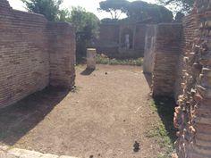 Ingang van een tempel in Ostia