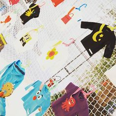 #homi17 Ho amato questa linea di abbigliamento per bambini. Tutto pensato per apportare una soluzione pratica per tenere il ciuccio. La creatività e colori rendono ogni capo molto originale! Geniale! @mammanoo  Ame esta línea de ropa para bebés. Todo pensado para aportar una solución práctica para sujetar el chupete. La creatividad y colores hacen que  cada pieza sea original! Me encantó!  #homikids #homi #homi17 #design #imdesing #imdesignhome #imdesignhomefeliz #kids #handmadeitaly…