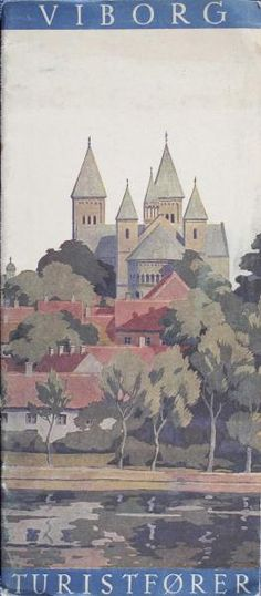 Ved ankomsten til Viborg kan man ikke undgå at se domkirken med de store spir. Kirken er også berømt for de pragtfulde frescomalerier, som Joakim Skovgaard udførte fra 1901 til 1913.