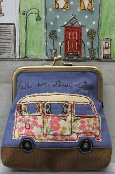 """""""Are We There Yet?"""" Clasp Purse"""