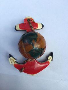 WW II triple layered Bakelite Sweetheart Pin, Anchor and Globe - Military