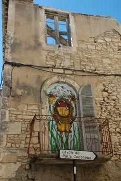 Street art   Mural (Nîmes. France) by Bault