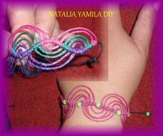 Pulsera brazalete artesanal macrame en hilo encerado . Handmade hemp bracelet
