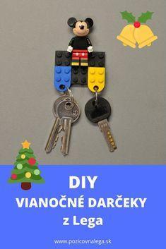 Držiak na kľúče z Lega je superjednoduchý, funkčný a pekný. Skvelý darček, ktorý môžete vyrobiť spolu s deťmi. Kliknite na odkaz a pozrite si návod. Lego Projects, Diy, Do It Yourself, Bricolage, Handyman Projects, Crafting, Diys